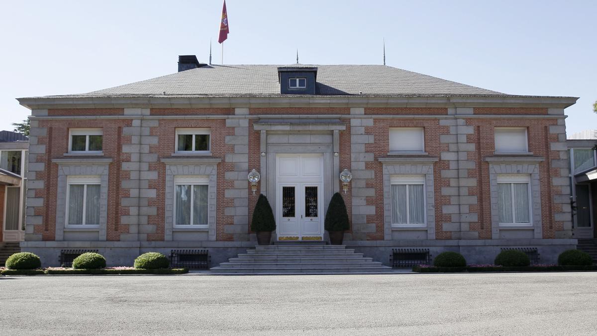 Fachada exterior del Palacio de la Zarzuela. EFE/Paco Campos/Archivo