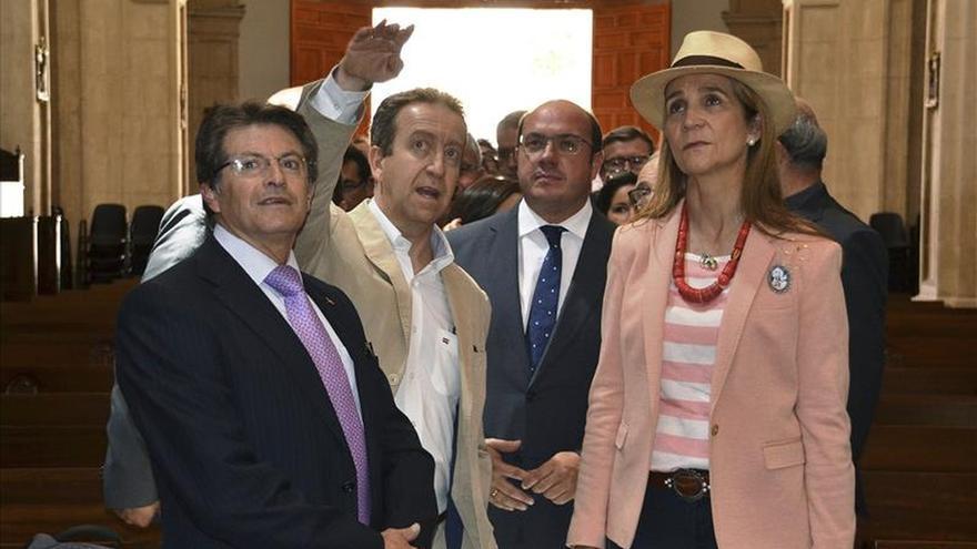 """La infanta Elena dice que los habitantes de Lorca fueron un """"ejemplo de civismo"""""""