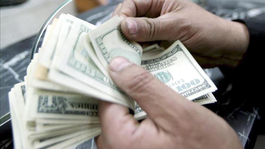 El Fisco argentino allana más de 70 entidades cambiarias por lavado de activos