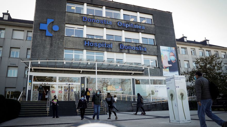 Gipuzkoa baja de la tasa crítica de 500 contagios por primera vez desde mediados de octubre