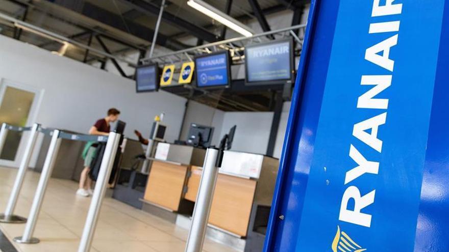 Ryanair y los sindicatos vuelven a reunirse tras la convocatoria de huelga