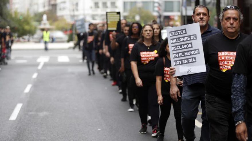 Marcha en Bilbao contra la trata de personas, en Euskadi.