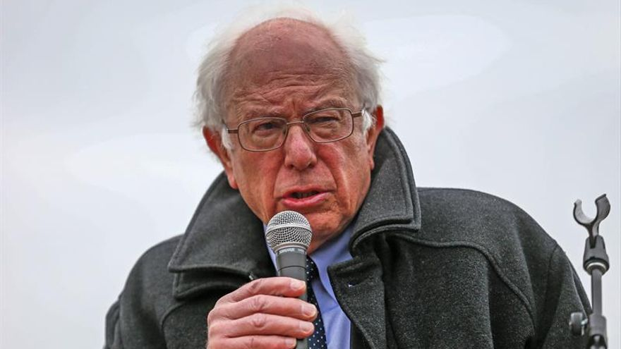 Sanders cambiará a la presidenta del Comité Nacional Demócrata si gana