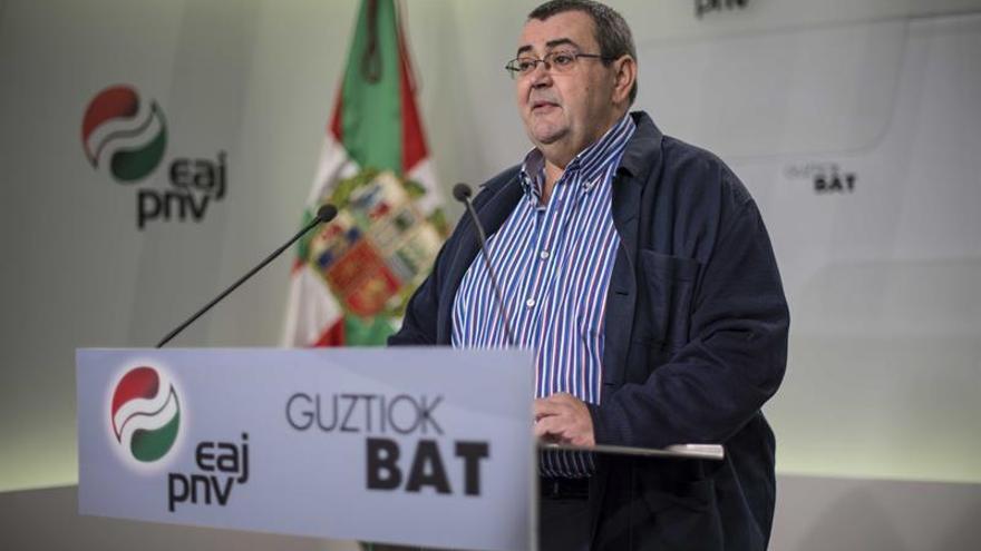 """Dirigente del PNV afirma que la Policía """"conoce"""" dónde están las armas de ETA"""