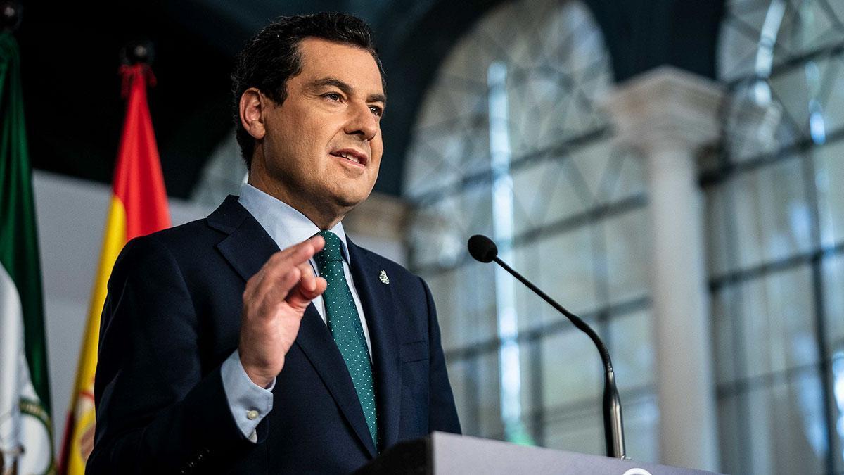 Juanma Moreno, presidente de la Junta de Andalucia tras el comité de expertos