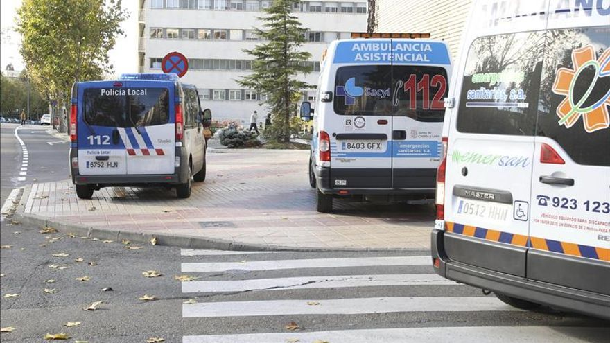 Dos fallecidos y tres heridos graves tras una colisión frontal en Salamanca