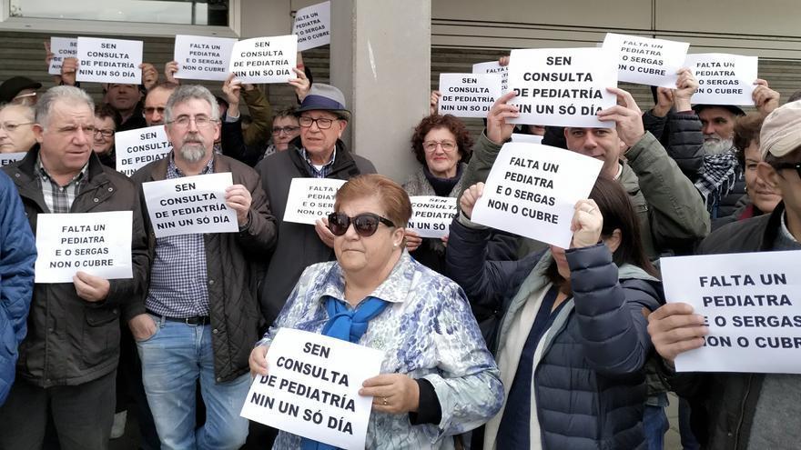 Movilización contra la falta de pediatras en Viveiro (Lugo)