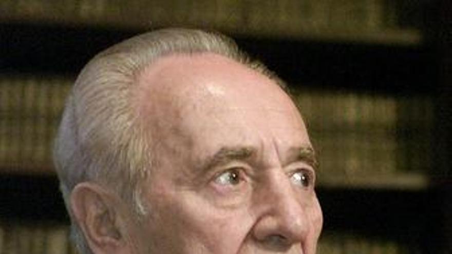 """Peres afirma que la cuestión de los asentamientos es """"marginal"""""""