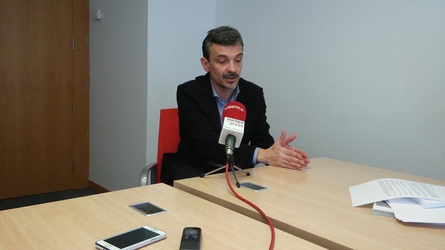 """López cree que un presidente de la Asamblea de Madrid de Podemos o C's sería """"una buena noticia para la democracia"""""""