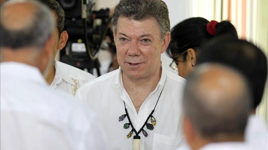 Santos compartirá mañana un almuerzo en la Zarzuela con el Rey y Rajoy