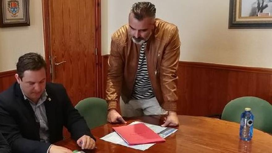 El PSOE pone en riesgo la alcaldía de Arona pidiendo al alcalde y al ex edil de Urbanismo que devuelvan sus actas