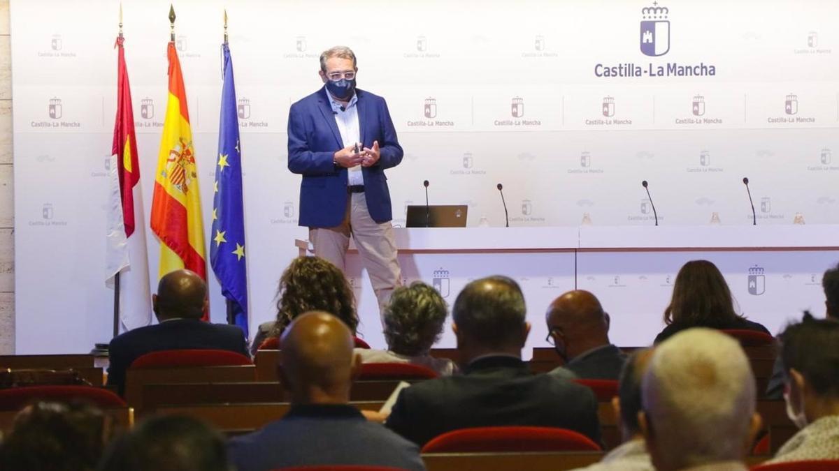 El consejero de Sanidad presenta el Plan de Salud de Castilla-La Mancha Horizonte 2025