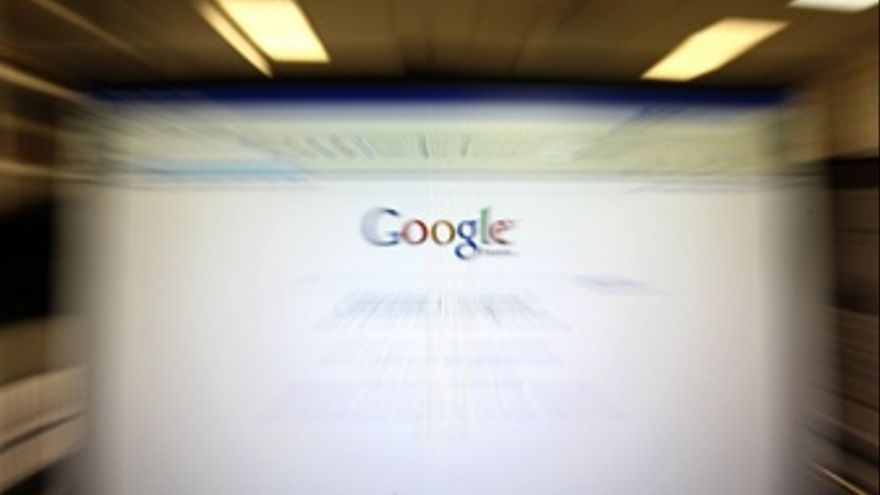 Pantalla de ordenador con Google