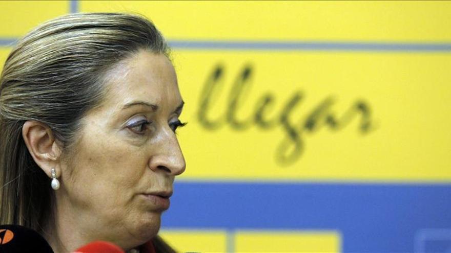 """Ana Pastor dice que en la """"agenda"""" del Gobierno está generar empleo y riqueza"""