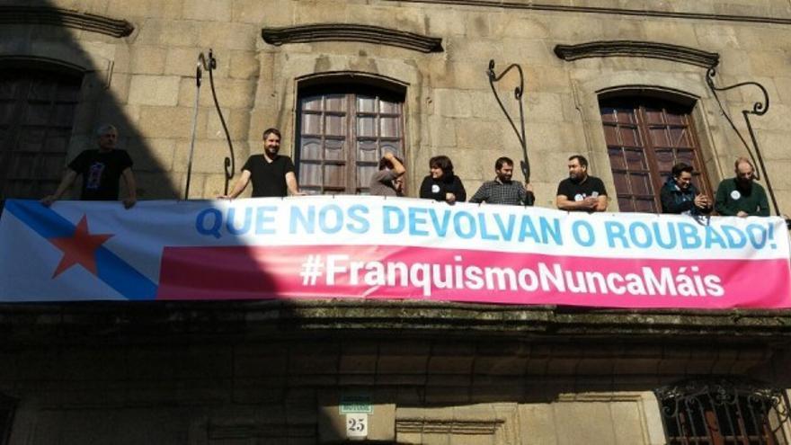 Ocupación simbólica de la Casa Cornide en A Coruña