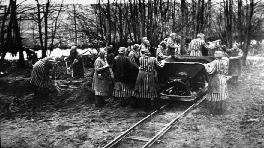 Prisioneras esclavas del campo de concentración de Ravensbrück
