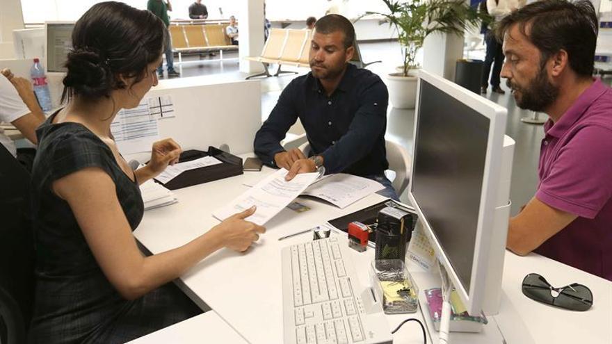 El administrador del grupo Rumancán, Samuel Yebra, presentó en el Cabildo de Gran Canaria una propuesta formal de compra del 80 por ciento del accionariado del Club Baloncesto Gran Canaria