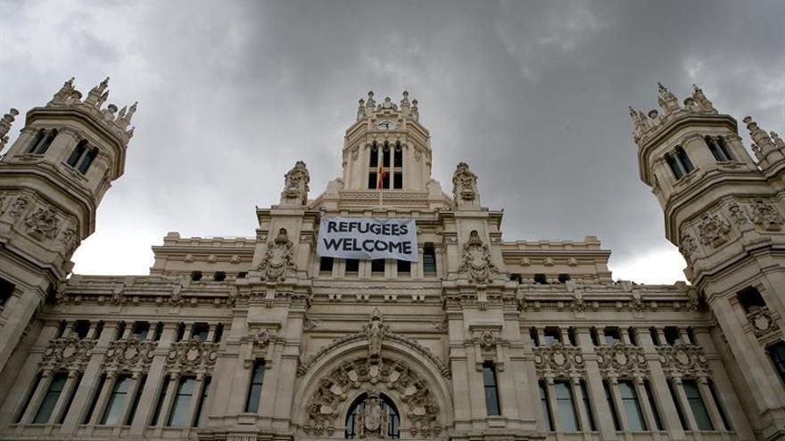 Llegan a España 16 refugiados iraquíes, sirios y eritreos desde Grecia