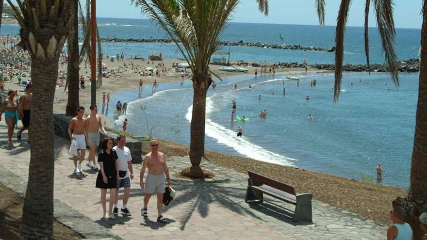 Turistas en Canarias.