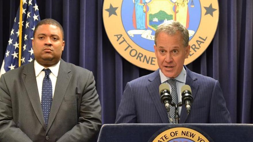 Acusado de asesinato un policía por la muerte de un afroamericano en Nueva York