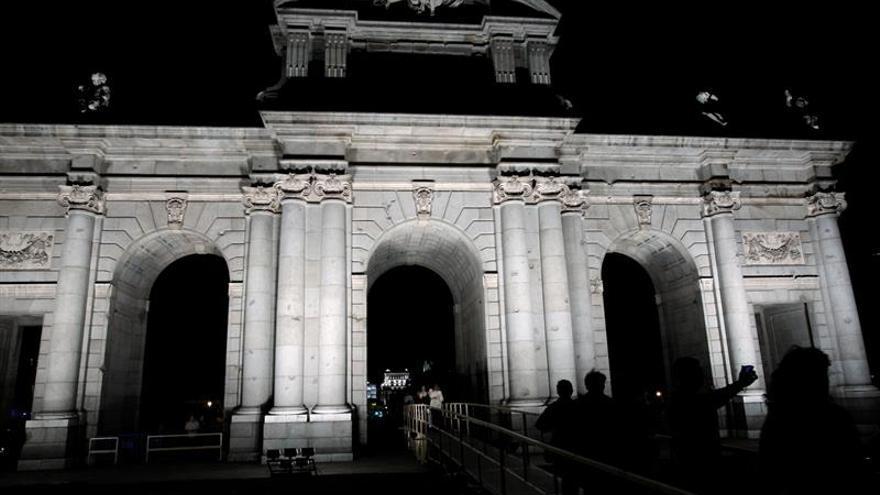 Madrid reinventa la Noche en Blanco con Luna de Octubre en eje Prado-Retiro