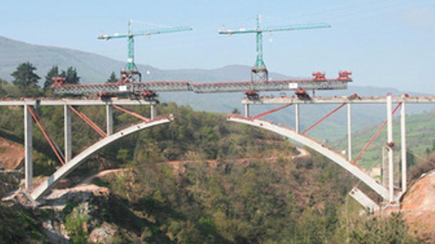 Construcción de un viaducto del AVE