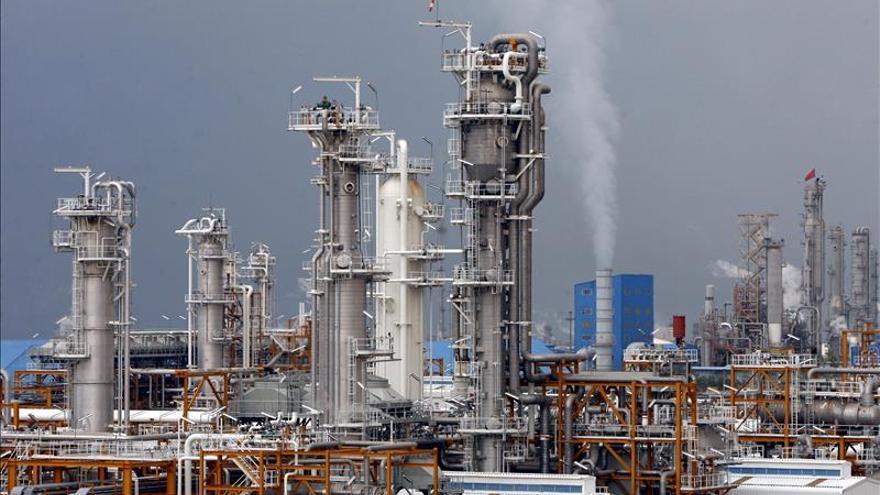 Un grupo armado se hace con el control de una instalación petrolera en Mabruk