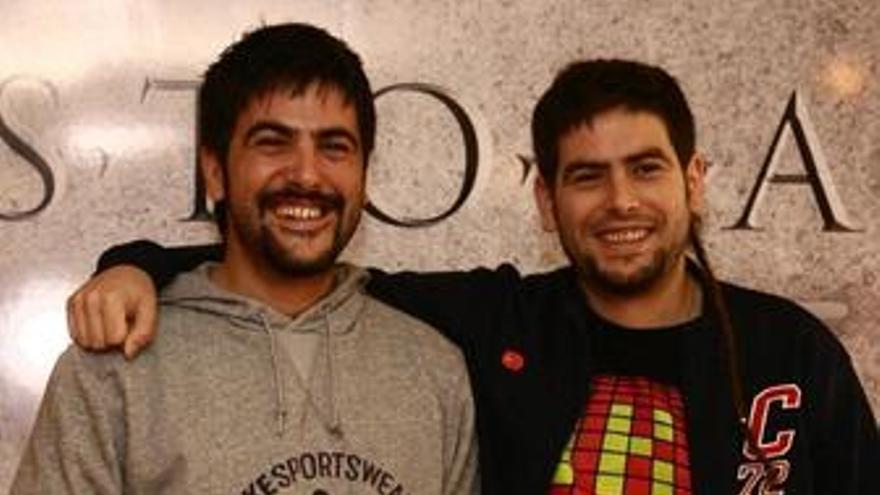 Los hermanos Muñoz, de Estopa