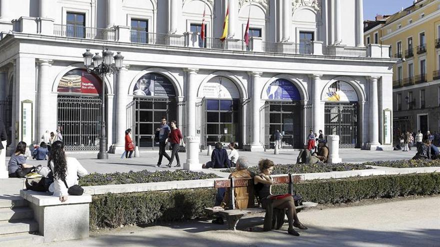 """Trabajo abre expediente al Teatro Real por la """"cesión ilegal"""" de sus cantantes del coro"""