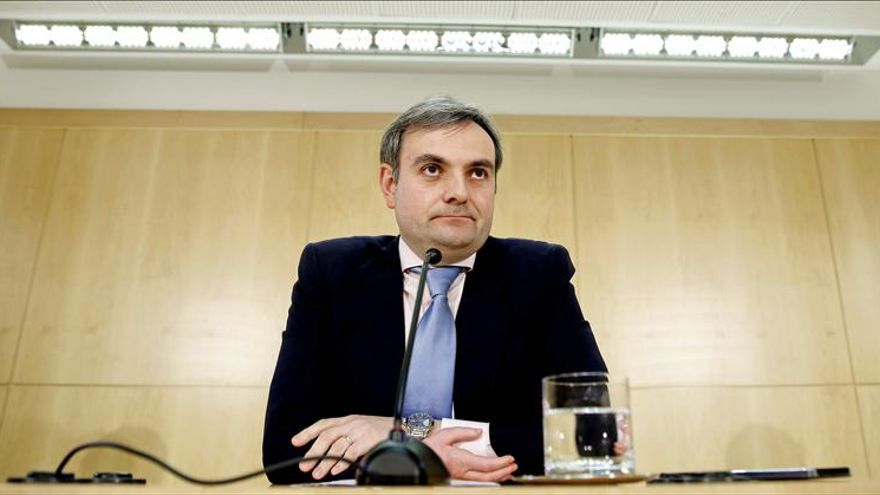 Madrid espera que el TC aclare si los ediles no electos pueden acabar la legislatura