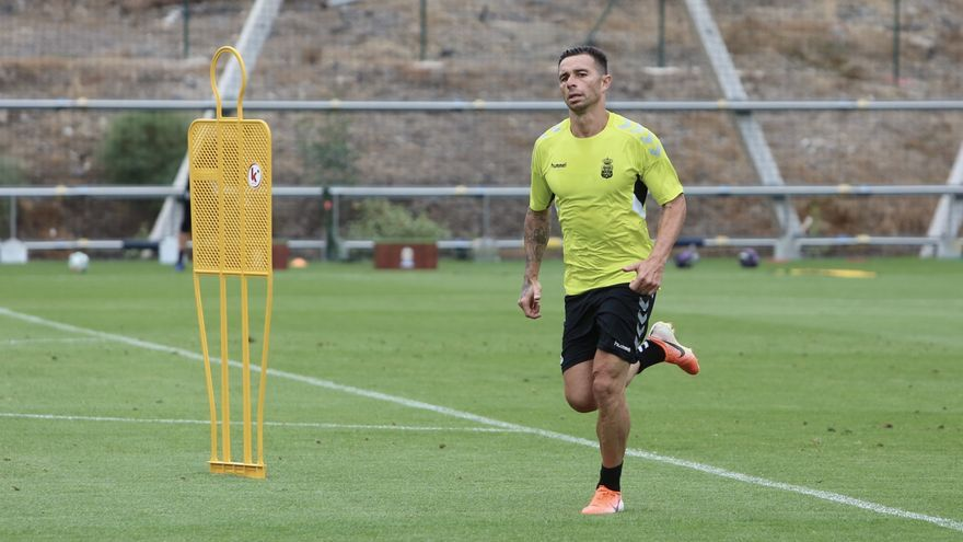 Rubén Castro, durante un entrenamiento previo al derbi