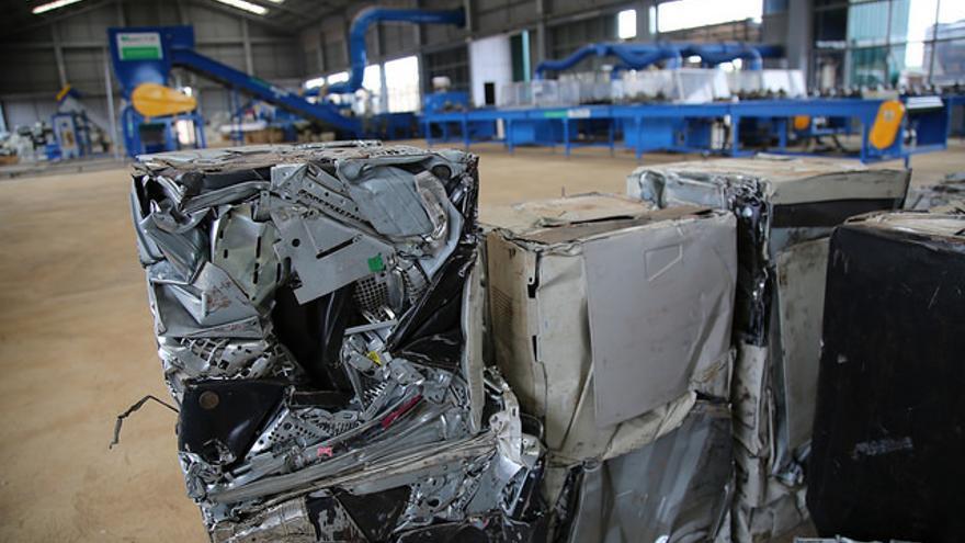 Reciclar metales de la basura electrnica sale ms barato que la minera urbana permite recuperar desde metales como el oro la plata a plsticos y otros urtaz Image collections