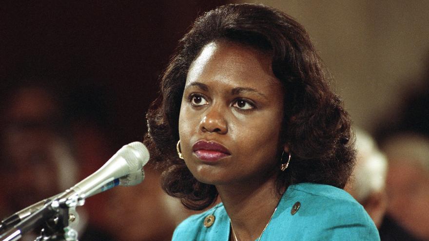 Anita Hill durante su testimonio en la confirmación de Clarence Thomas, en octubre de 1991.