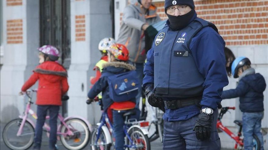 Bélgica detiene a seis personas por la amenaza de atentados en Nochevieja