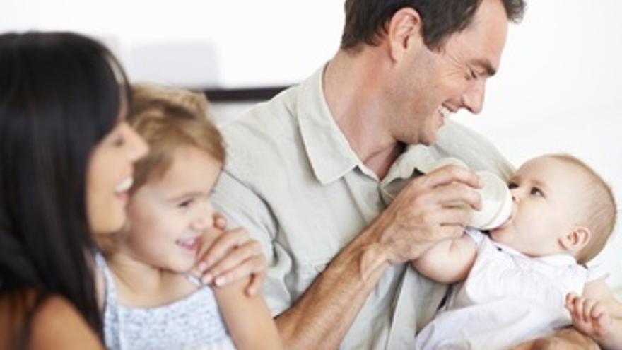 Padres con sus hijos