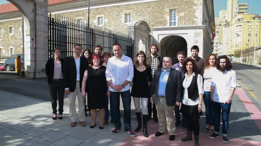 Miembros de la candidatura de Podemos al Parlamento de Cantabria.