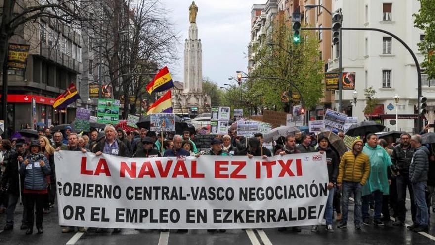 Trabajadores acusan a los gobiernos vasco y central de dejar morir La Naval