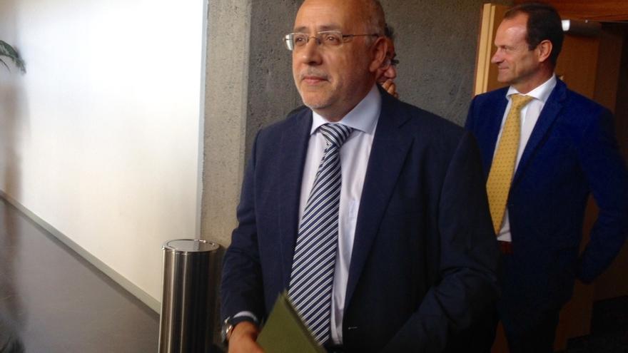 El presidente del Cabildo de Gran Canaria exige al presidente canario una rectificación tras compararle con Goebbels