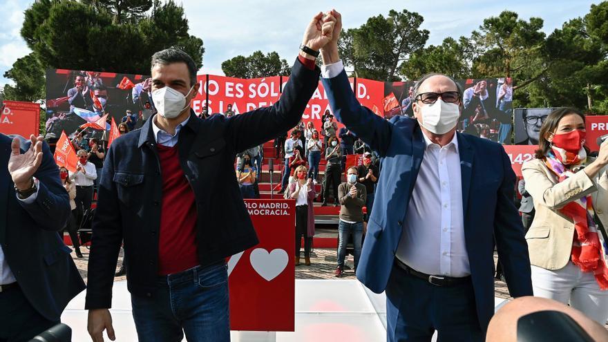 Madrid echa el cierre a una campaña ideológica con dos bloques enfrentados