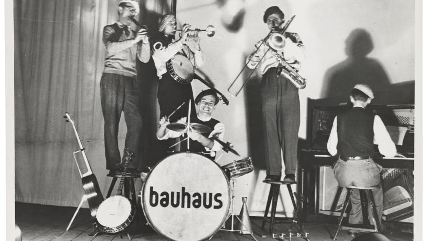 El grupo 'The bauhauschapel' durante un concierto celebrado en Dessau en 1930