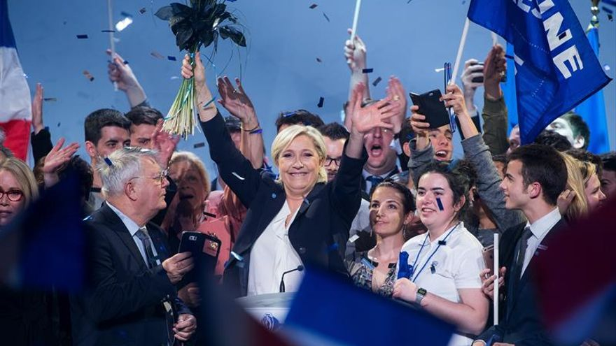Marine Le Pen pide a los franceses unidad para afrontar la globalización