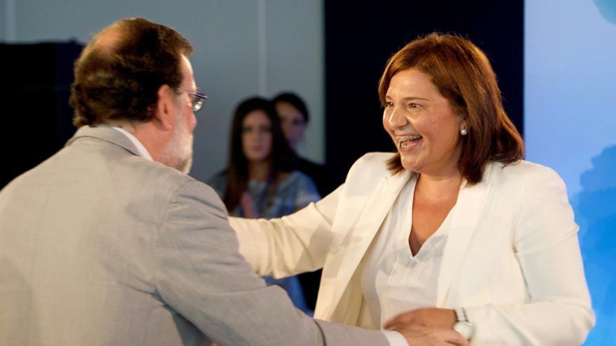 """Rajoy anima a Bonig (PPCV) a """"dar la batalla"""" ante las políticas educativas del Consell"""