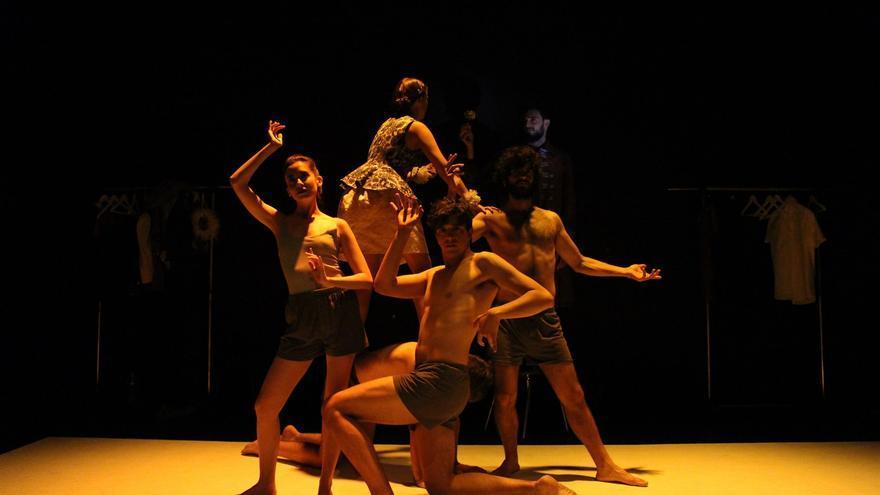 Una escena de la obra 'Verona' de la compañía Tresdosuno Teatro.