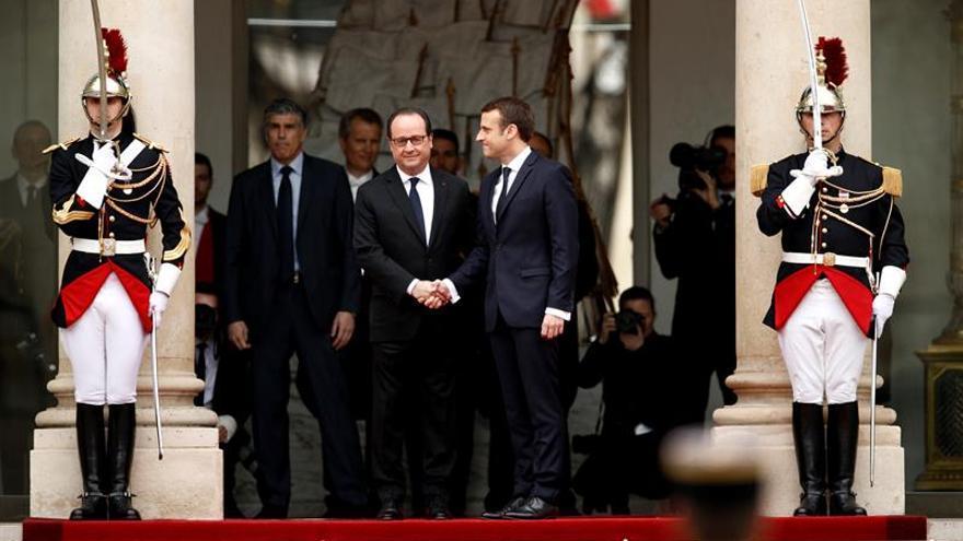 Macron es proclamado oficialmente presidente de Francia