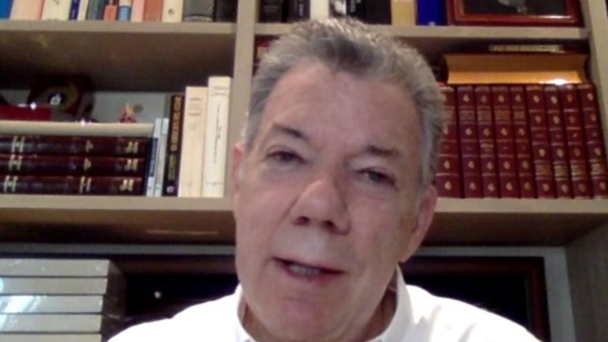 """El expresidente Santos pide perdón a víctimas de """"falsos positivos"""" en Colombia"""