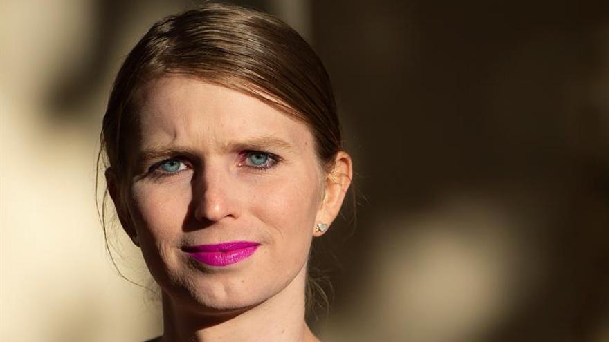 Chelsea Manning es citada a declarar por el caso de Assange en EE.UU.