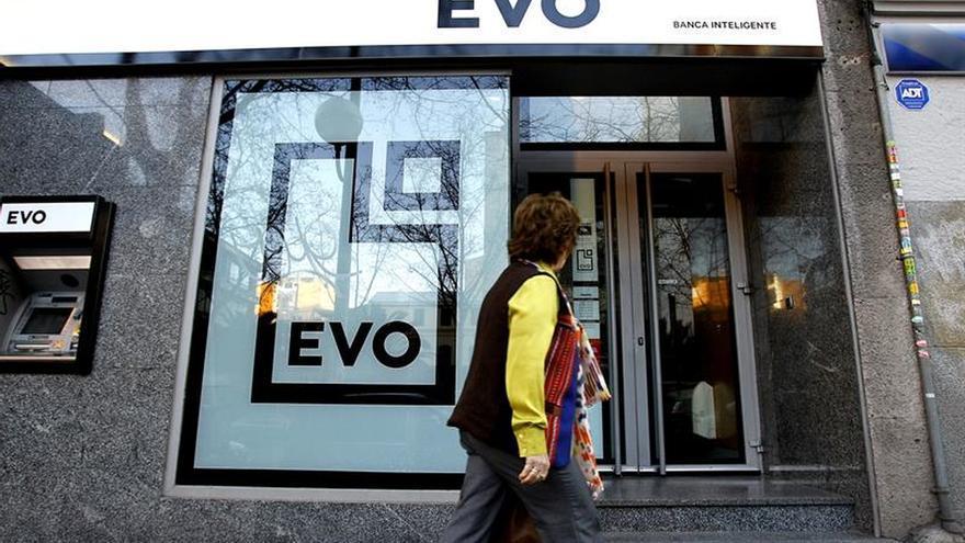 EVO Banco justifica reducir 270 empleos porque está en pérdidas, según UGT