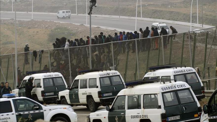 Casi 1.300 inmigrantes han entrado a Ceuta y Melilla en el último trimestre