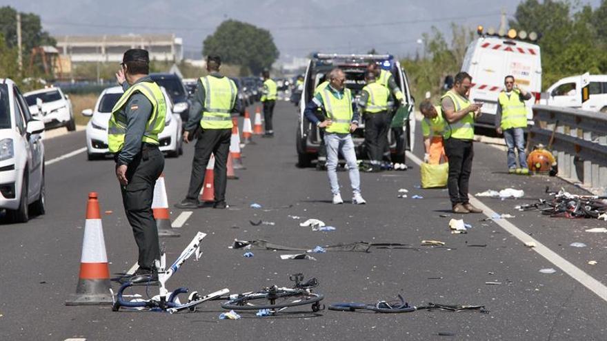 Da positivo en alcohol y drogas la conductora que ha arrollado a seis ciclistas