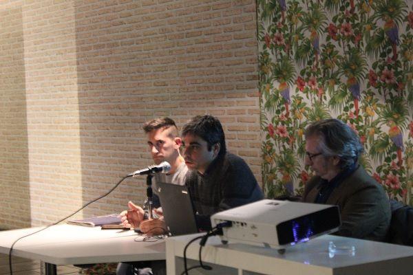 De izquierda a derecha: Javier Aunion, presidente de la Asociación de Comerciantes y Empresarios de Chueca; Jorge García Castaño y José Luis Sanz Guerrero en el encuentro sobre la remodelación de Chueca | Somos Chueca